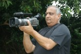 journalist satish dhupelia